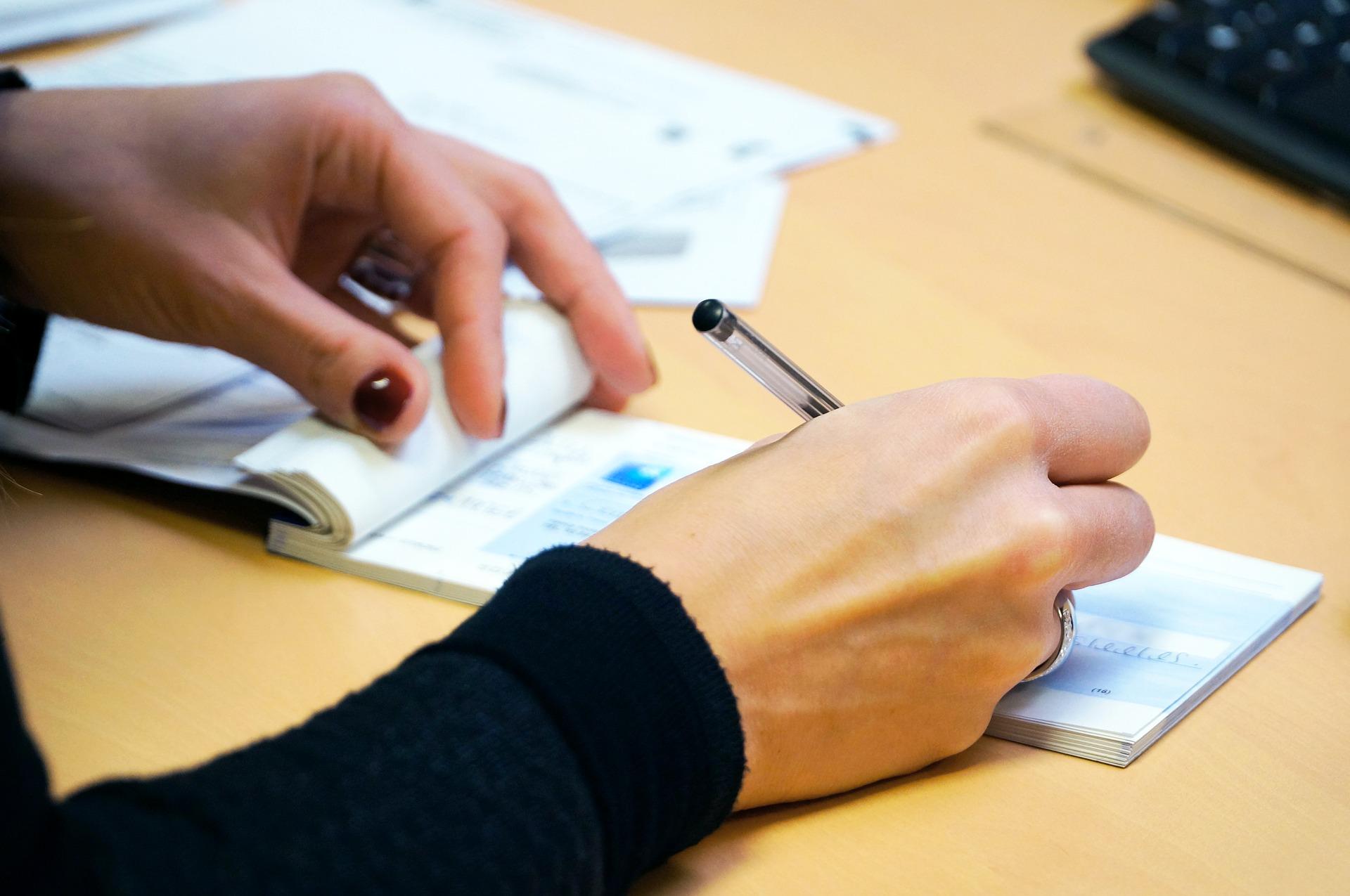 Assegni non trasferibili e responsabilità della banca