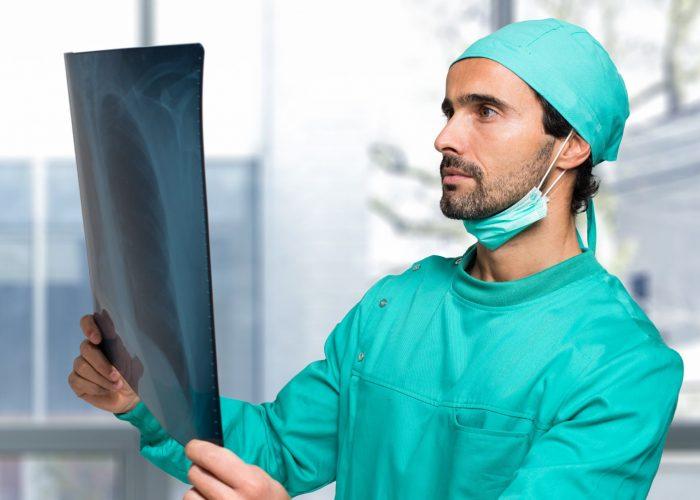 Covid e responsabilità medica: la tutela del paziente e risarcimento danni a Brescia